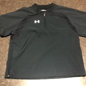 VGUC Under Armour Shirt size small